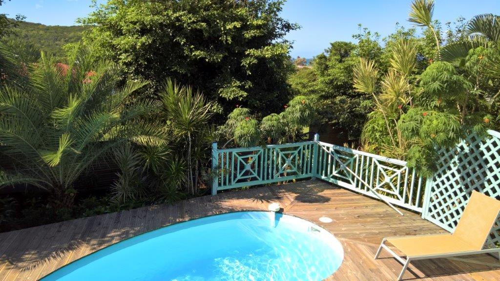 Habitation morne capado a deshaies en guadeloupe for Villa deshaies avec piscine